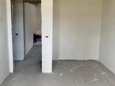 Casa individuala cu 3 camere- Teren 300 mp- Toate utilitatile-Cornetu