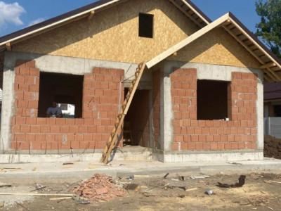 Vila individuala pe parter-Teghes-Mutare rapida-Toate utilitatile-Stb