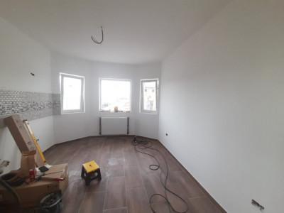Duplex deosebit-3 dormitoare-Mansarda cu baie-Toate utilitatile-STB