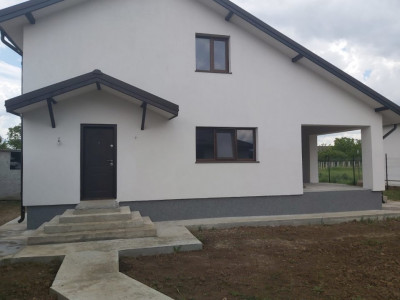Casa individuala P+M, 400 MP, toate utilitatile - zona Domnesti